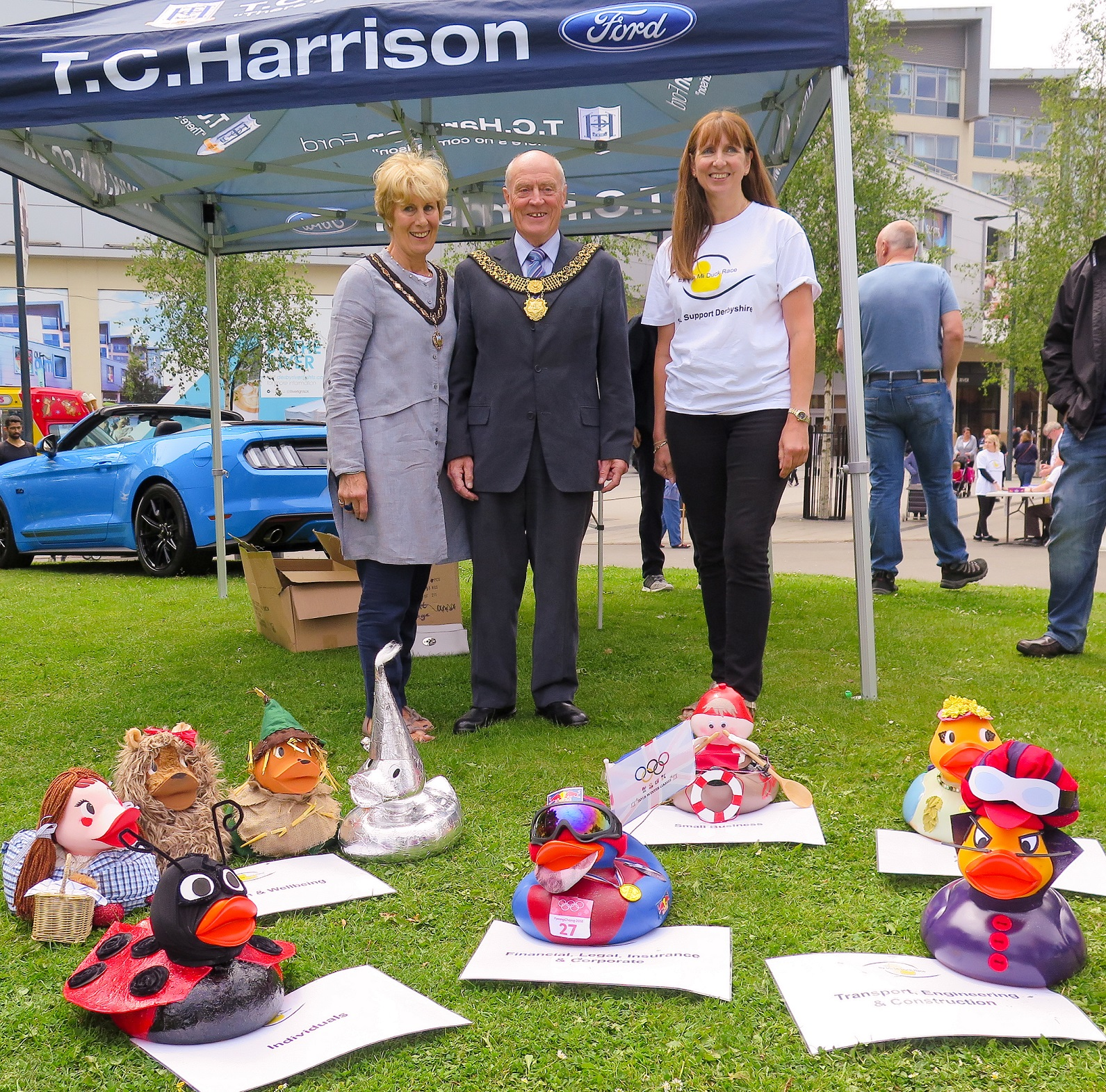 Image showing Derby Mayor and Mayoress with 2018 duck race category winners