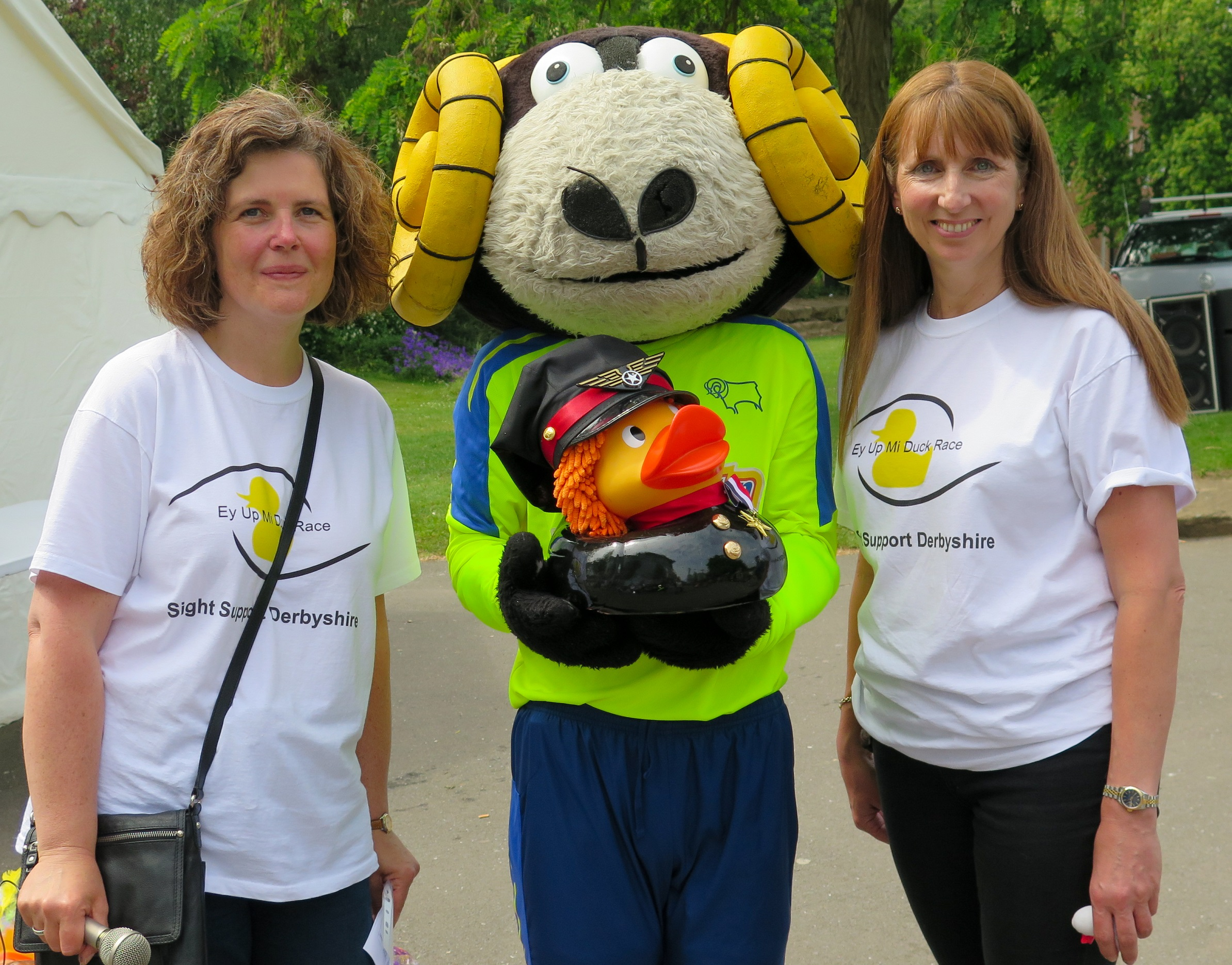 Image showing Claire, Rammie, Lynda and the fastest duck